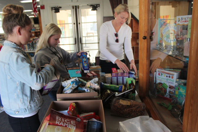 LMAAC CAT Hosts Food Drive with Community Partners